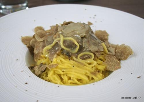 Tajarin in butter sauce with white truffles, Sotto La Mole